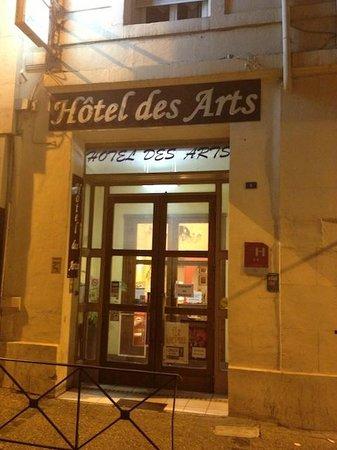 Hotel des Arts : Entrée de l'hôtel