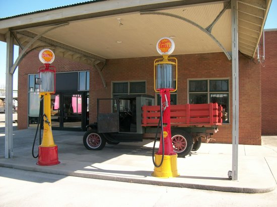 Huntsville Depot Museum: old gas pumps and pick up truck