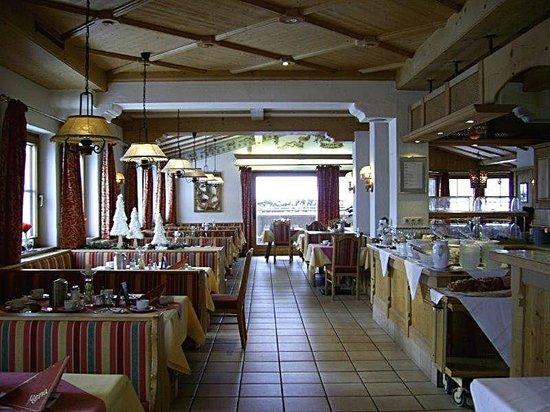 Restaurant Picture Of Hotel Klausen Kirchberg Tripadvisor