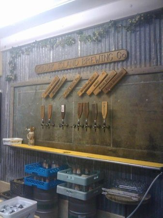 Kodiak Island Brewing Company: Different beers on tap at Kodiak Brewing Company