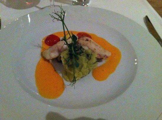 Restaurant Essort : Warme Vorspeisse. Seetaufel auf Paprika
