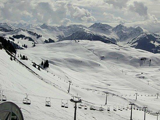 Hotel Klausen: Ihre Ski-Arena in Kirchberg