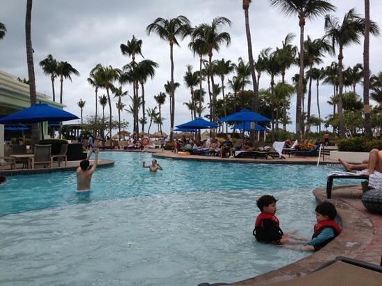 Aruba Marriott Resort & Stellaris Casino: área piscina