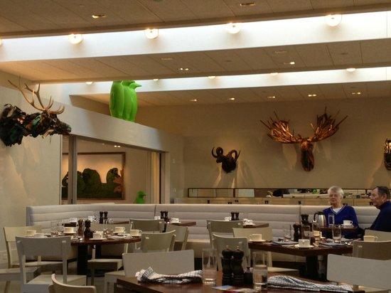 21c Museum Hotel Bentonville: Interior Dining Room