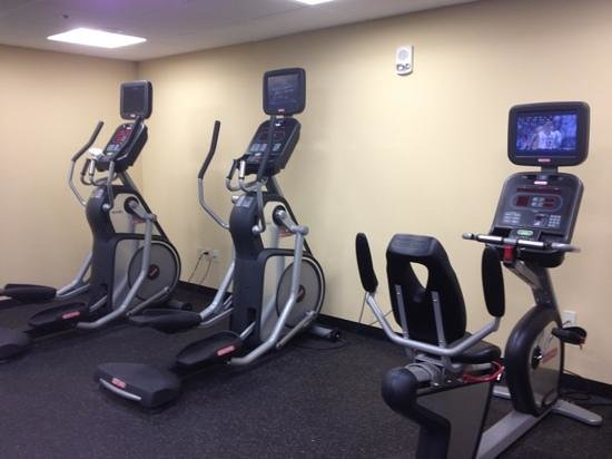 Park Ridge Marriott : workout room