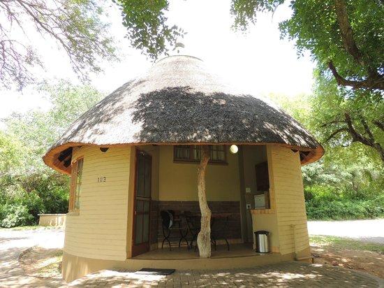 Safari's Direct Day Safaris: Bungalow
