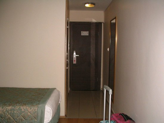 Ant Hotel: Habitación 402
