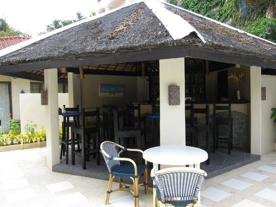 Le Soleil de Boracay: Poolside bar