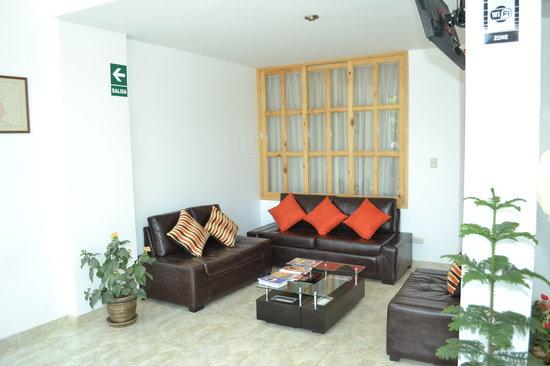 Hotel Sol y Dunas : sala de estar
