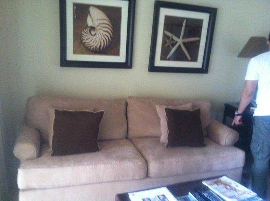 Villa del Mar: Comfy Couch