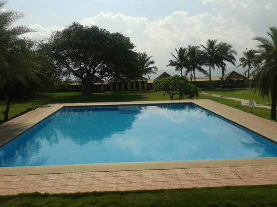 swimming pool picture of st james court beach resort. Black Bedroom Furniture Sets. Home Design Ideas