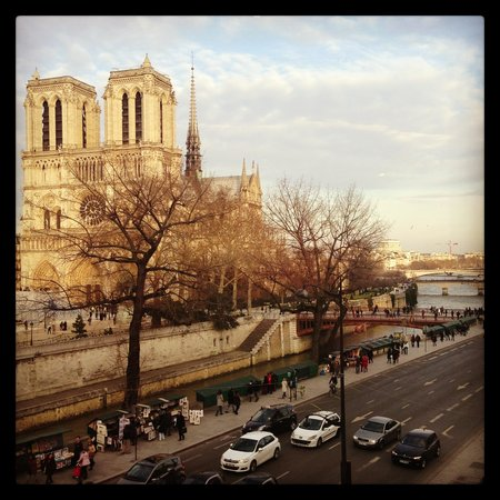 Hotel le Notre Dame: View from room 31
