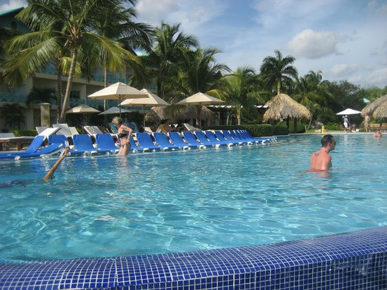"Dreams La Romana: The ""Preferred"" pool"
