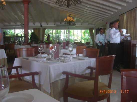 Grand Bahia Principe El Portillo: Buffet