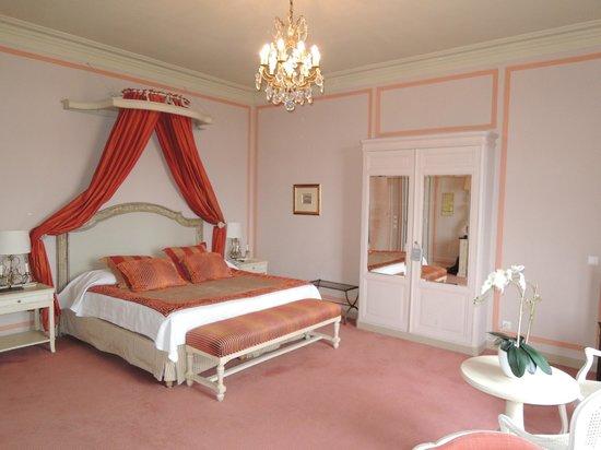 Pavillon Henri IV: La chambre
