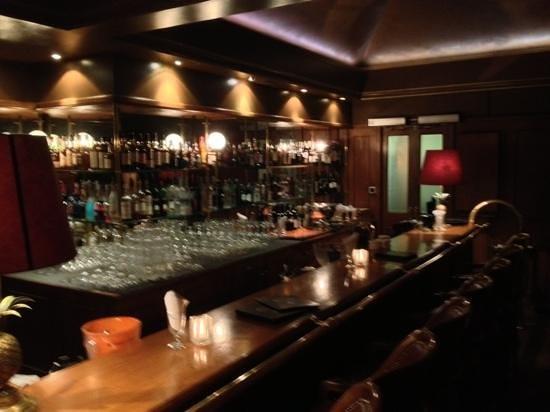 Funky Claude's Bar : bar 2