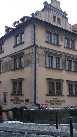 Hotel U Tri Pstrosu (At the Three Ostriches)照片