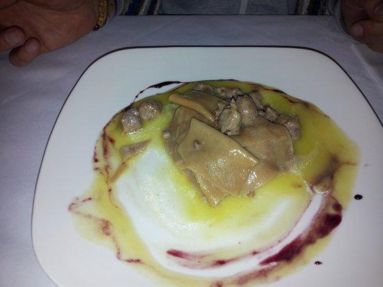 Restaurant Mistica: pasta di castagne in letto di porri con salsiccia