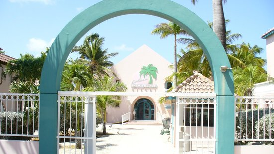 Caribbean Palm Village Resort: The grand entrance
