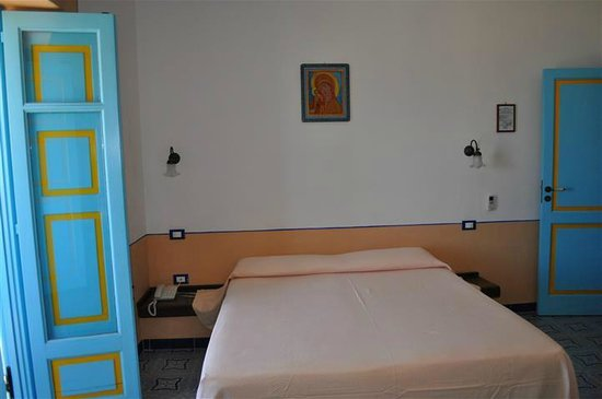 Hotel Mamma Santina: Another room view