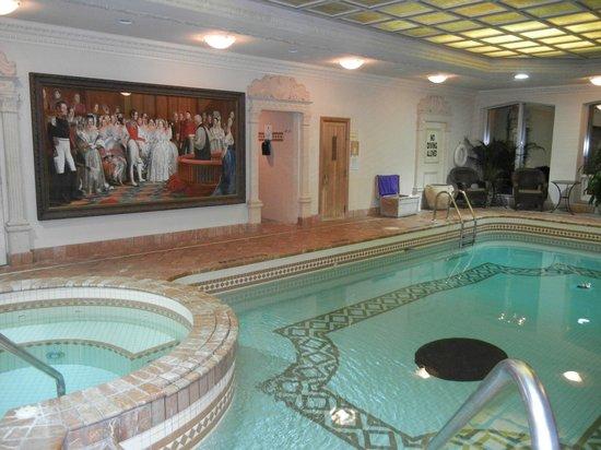 Prince of Wales: pool