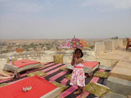 Deepak Rest House: Rooftop dining area
