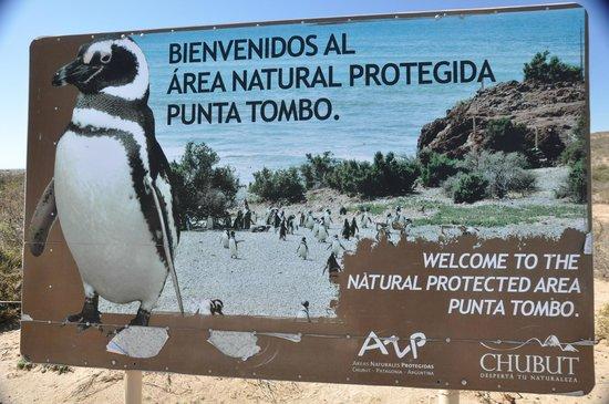 Punta Tombo National Reserve: Sign at the Main Entrance