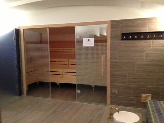 Palais Hansen Kempinski Vienna:                                                       Mixed sauna