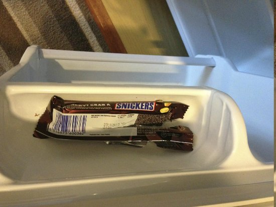 Ariva Gateway Kuching: Not really what you want to find in your Room Fridge!