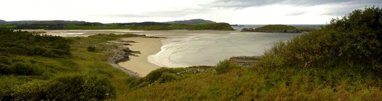 Walking and Talking in Donegal: Und immer wieder kamen wir zu einem wunderschönen Strand.