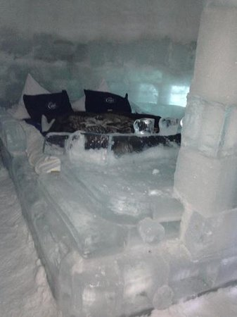 Ice Hotel Romania: one of the igloo rooms
