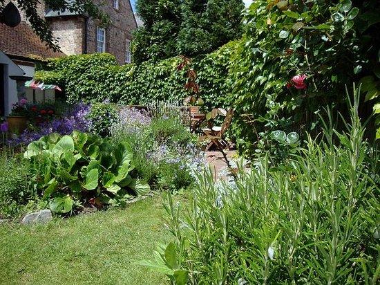 The Coach House:                   Garden