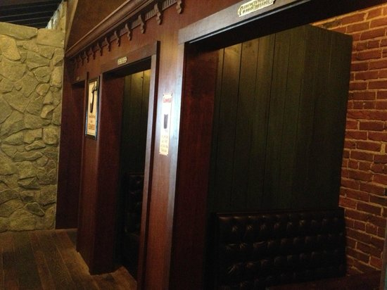 McCarthy & Bailey's Irish Pub: Snugs!