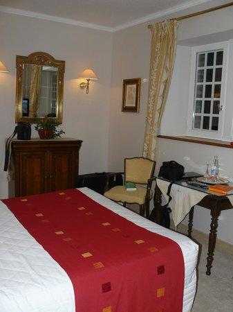 Chateau-Hotel Manoir de Kertalg : Aperçu de la chambre