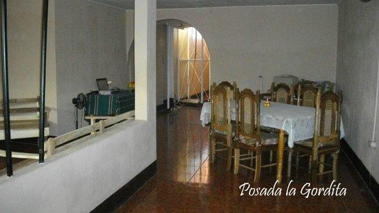 La Gordita: Dining room
