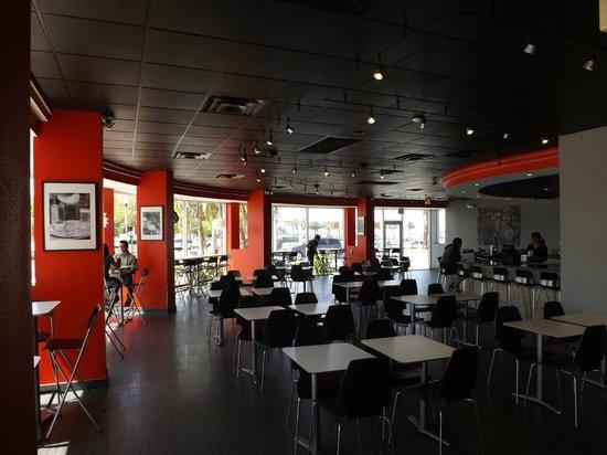 Riverwalk Pizzeria Interior