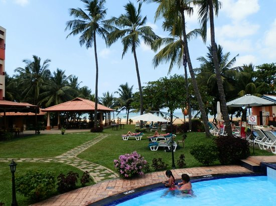 Paradise Beach Hotel Grounds
