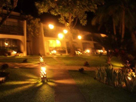 Montemar Beach Club:                   Montemar by night