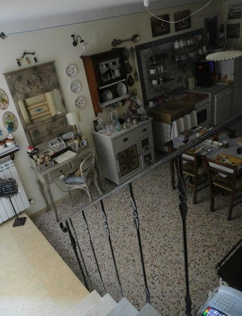 """Bed and Breakfast A Casa delle Fate: sala colazioni - B&B """"A casa delle fate"""" - Assisi"""
