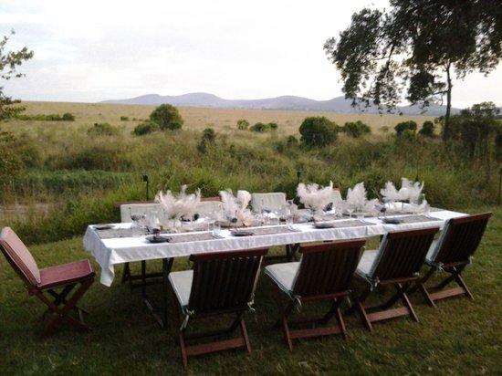 Sala's Camp: Evening Dining