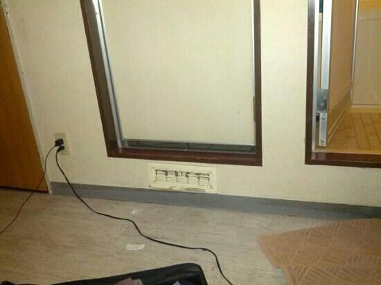 Best Hotel:                                     bathroom door and toilet room door
