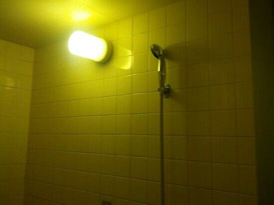 Best Hotel:                                     shower