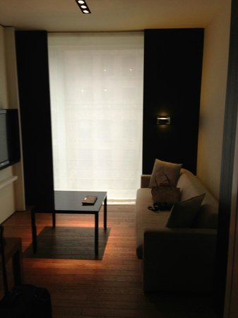 Andaz 5th Avenue: Living Area
