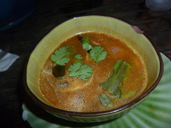 Tong's Thai Island Cuisine: Tom Yum Soup