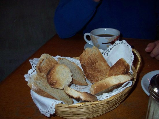 Caffe Todos Santos : fresh bread