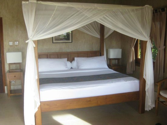 Three Monkeys Villas: our beautifull room