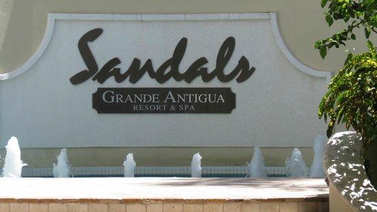 Sandals Grande Antigua Resort & Spa: Name says it all