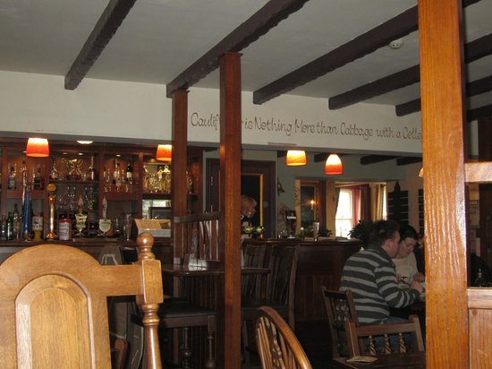 THE BAR AT THE BUTCHERS ARMS, ALLTWEN