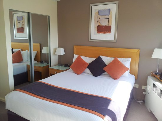 Park Regis North Quay Hotel: bedroom