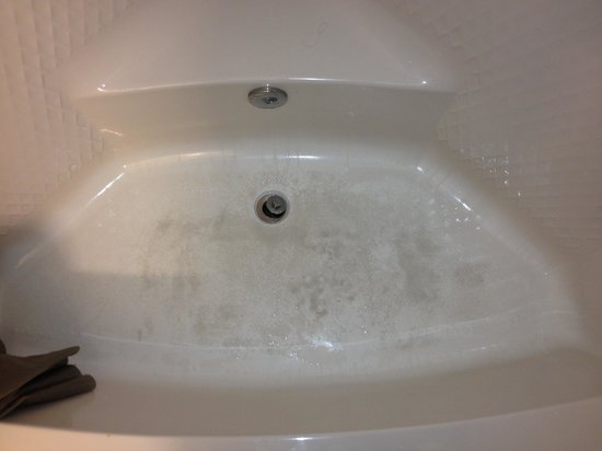 Motel 6 Killeen : Dirty bathrooms